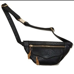 Nasty Gal Bags - Nasty gal snake skin fanny pack